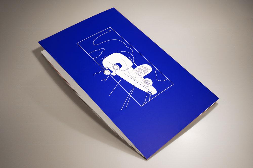 Quatrième de couverture du livre Fabuleux Vaisseaux : un énorme vaisseau spatial et suivi d'une toute petite navette spatiale qui lui grille la priorité