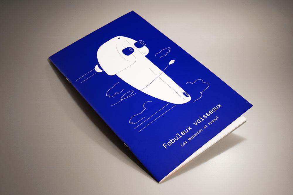 Couverture du livre Fabuleux Vaisseaux : un énorme vaisseau spatial et suivi d'une toute petite navette spatiale
